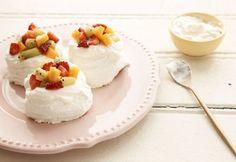 Pavlova com frutas | Panelinha - Receitas que funcionam (300903)