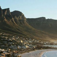 Cape Town, South Africa Travel Guide: In the Magazine: Bon Appétit Le Cap, Cape Town South Africa, Belle Villa, Travel Guide, Travel List, Travel Ideas, World's Most Beautiful, Africa Travel, Travel Inspiration