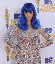 Katy Perry's Blue Wig at the MTV Movie Awards is Show-Stopping #redcarpet #fashion trendhunter.com