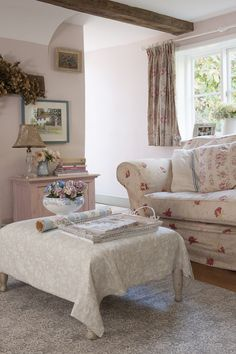 the cosy living room #interiors #WTinteriors Cottage Shabby Chic, Cottage Style Decor, Shabby Chic Curtains, Shabby Chic Homes, Shabby Chic Decor, Cottage Curtains, Cottage Decorating, Rose Cottage, Decorating Ideas