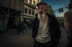 El fotógrafo Ron Gessel con formación en diseño gráfico en Utrecht, Holanda. Y quien actualmente vive y trabaja en Amsterdam, caracter...