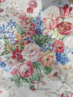 "Vintage floral fabric RAMM cotton chintz ""TEWKSBURY"" 2.5 metres MADE IN ENGLAND in Crafts, Sewing & Fabric, Fabric 