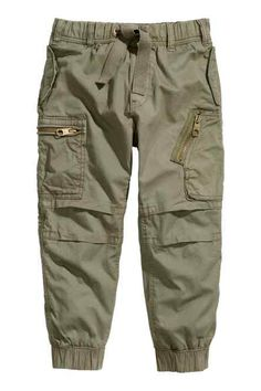 Lined cargo pants: Cargo pants in soft washed cotton twill with side and back pockets with a flap, leg pockets with a zip, an elasticated drawstring waist and elasticated hems. Chicos Fashion, Boy Fashion, Pantalon Cargo, Baby Jeans, Sari Blouse Designs, How To Hem Pants, Kids Pants, Boys Shirts, Cargo Pants