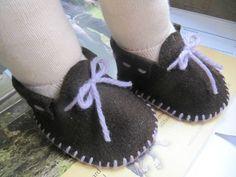 tuto en français pour ces chaussures en feutrine                                                                                                                                                                                 Plus