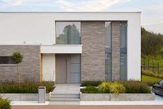 The modern dimension of the clinker - cityvilla Arch House, Facade House, Contemporary Architecture, Architecture Design, Facade Lighting, Villa Design, Exterior Design, Brick, New Homes
