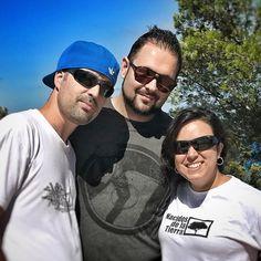 Nada como estar entre hermanos/as. Hoy hemos estado en Peñíscola haciendo un taller y hemos aprovechado para llenar el alma con nuestro hermano @el_expecialista  http://ift.tt/209CVHi  #hiphop #rap #peniscola #nacidosdelatierra #amistad #mediterraneo