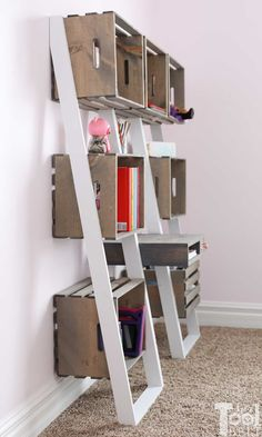 Leaning Crate Ladder Bookshelf and Desk - Her Tool Belt Leaning Bookshelf, Leaning Desk, Ladder Bookshelf, Diy Ladder, Bookshelves, Target Home Decor, Diy Home Decor, Crate Shelves, Grunge Room