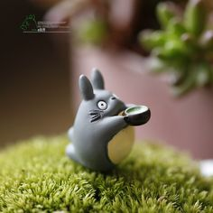 Just in to our toy collection! Kawaiiiii :3  My Neighbor Totoro With Bowl 2CM Action Figure Models Doll Toy