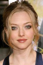 Amanda Seyfried grew up in Allentown, Pennsylvania, and began modeling when she was 11-years-old. She acted in high school productions as well as taking singing lessons, and landed a recurring role in the long-running US soap, As the World Turns, when she was just age 15.