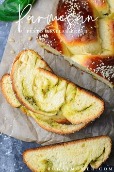 Challah Bread Recipes, Savoury Recipes, Golden Crust, How To Make Pesto, Food Hacks, Parmesan, A Food, Food Processor Recipes, Vegetarian