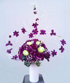 Món quà tình yêu Nylon Flowers, Floral Wreath, Wreaths, Home Decor, Silk Stockings, Flowers, Homemade Home Decor, Flower Crowns, Door Wreaths
