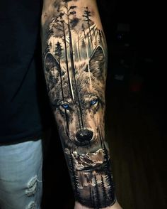 Wolf Tattoo Forearm, Cool Forearm Tattoos, Badass Tattoos, Leg Tattoos, Body Art Tattoos, Cool Tattoos, Wolf Tattoo On Back, Forearm Tattoo Sleeves, Wolf Tattoo Shoulder