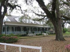 27 Crazy Things You Never Knew Existed In Louisiana -  The Myrtles Plantation is said to be one of the most haunted houses in the entire country that comes with a seriously dark past involving the poisoning of two children. It's also said to be located right on top of an Indian burial ground. Talk about a double-whammy.  The plantation is still open and functions as a bed and breakfast for paranormal enthusiasts