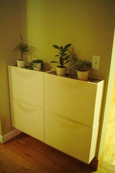 Ikea Trones in Entry Way by Woof Slc - DECOmyplace Projects