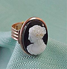 Rose Gold Cameo Ring