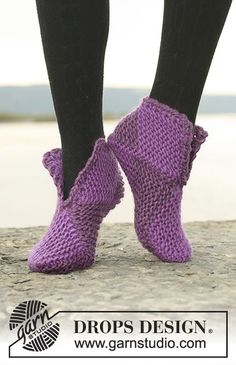 Court jester / DROPS – free knitting patterns by DROPS design – The Best Ideas Easy Knitting, Knitting Socks, Knitting Stitches, Knitting Patterns Free, Free Pattern, Knitting Needles, Drops Design, Diy Tricot Crochet, Crochet Boots