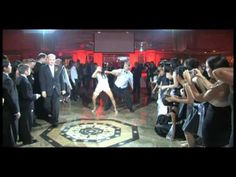 The Coolest, The best Surprise wedding first dance ever