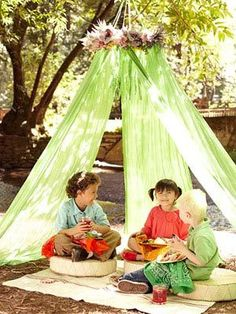 Canopy and outdoor rug for under pine tree