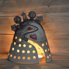 Kopeček - od srdce k srdíčku / Zboží prodejce keramikas | Fler.cz Polymer Clay Christmas, Polymer Clay Crafts, Ceramic Pottery, Ceramic Art, Slab Ceramics, Ceramic Lantern, Pottery Houses, Clay Art Projects, Pottery Tools