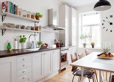 以廚房為重心的 24 坪瑞典公寓 - DECOmyplace