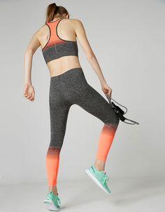 Legging sport sans coutures dégradé rayures - Sport Start Moving - Bershka France