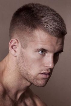 25 Most Popular Short Haircuts For Men With Straight Hair Men Short Hairstyles Shorts And Hai Formal Hairstyles For Short Hair, Short Haircut Styles, Haircut For Thick Hair, Fade Haircut, Straight Hairstyles, Men's Hairstyles, Men Hairstyle Short, Haircut Men, Short Brown Hair