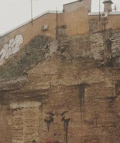 Чувственно #brandmauer #streetart by mari_samoilenko