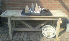 Steigerhouten tafel. Leuk voor buiten!