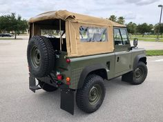 Bid for the chance to own a 1992 Land Rover Defender 90 at auction with Bring a Trailer, the home of the best vintage and classic cars online. Land Rover Defender, Defender 90 For Sale, Lifted Ford Trucks, Jeep Wrangler Unlimited, Land Rovers, Koenigsegg, Classic Cars Online, Toyota Land Cruiser, Landing