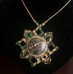 Flower Necklace in Macrame