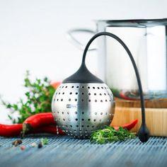 #design3000 Spice Bomb – Gewürzfilter aus Edelstahl und Silikon für dosiertes Würzen.