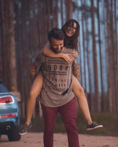 Creative Couples Photography, Photo Poses For Couples, Indian Wedding Photography Poses, Couple Picture Poses, Couple Photoshoot Poses, Photo Couple, Couple Photography Poses, Cute Couple Pictures, Cute Couples Goals