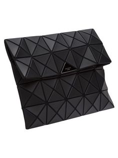 7a9100ef2e4f ISSEY MIYAKE - squares foldover clutch Sac Blanc, Grands Sacs, Valise,  Portefeuille,