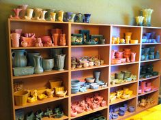 500-plus piece American Pottery collection, including McCoy, Shawnee, Haeger, Camark, Niloak, Weller, Morton, Bauer, Redwing and Robinson Ransbottom.