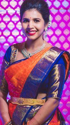 Wedding Silk Saree, Chiffon Saree, Silk Sarees, Indian Wedding Lehenga, Indian Sarees, Saree Color Combinations, Vaddanam Designs, Gold Jewelry, Gold Earrings