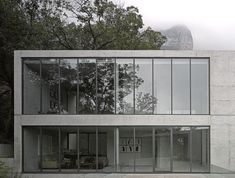 In the Sierra Madre mountains that surround Monterrey in Mexico, Japanese architect Tadao Ando has reimagined the formal elements of a traditional hacienda to create. Concrete Architecture, Sustainable Architecture, Landscape Architecture, Architecture Design, Ancient Architecture, Tadao Ando, Kengo Kuma, John Pawson, Carlo Scarpa