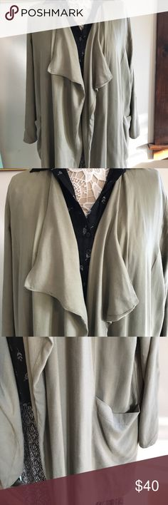 Sophie Rue drape coat This beautiful chic coat is great over your favorite top or dress, it's dropped pockets on the side make this a special piece to your wardrobe size XL , this is Nordstrom brand sophia Rue Jackets & Coats Utility Jackets