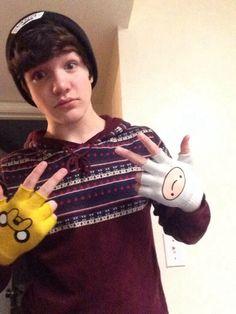 Aaron Carpenter + Adventure Time = cute