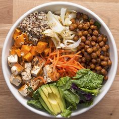 Protein-Packed Buddha Bowl 36 Insanely Popular Vegetarian Dinners That Are Practical And Easy Vegan Dinner Recipes, Vegetarian Recipes Dinner, Healthy Chicken Recipes, Healthy Snacks, Healthy Eating, High Protein Vegetarian Recipes, Healthy Smoothies, Vegan Vegetarian, Raw Vegan