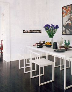AG Fronzoni table and chairs from the Fronzoni '64 collection