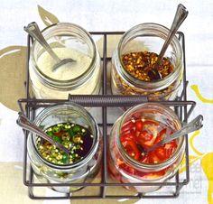 Thai Dipping Sauce, Thai Sauce, Thai Sweet Chili Sauce, Dipping Sauces, Chili Sauce Recipe, Sauce Recipes, Cooking Recipes, Vietnamese Sauce, Vietnamese Recipes