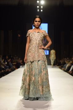 The verdict held up as Day 2 of FPW15 being much more enjoyable for audiences with exciting back to back showcases of some great fashion. Among the clear stand outs were Nida Azwer whose Mystical G…