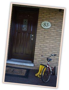 Front Door, Door numbers
