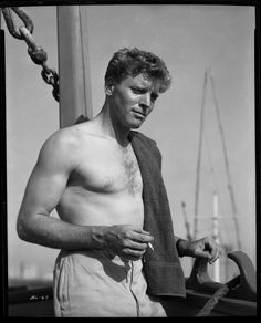 Burt Lancaster lost out on two roles he lobbied for to Marlon Brando (roles that helped make Brando a legend): that of Stanley Kowalski in 'A Streetcar Named Desire' and that of Don Vito Corleone in 'The Godfather' Old Hollywood Glamour, Hollywood Actor, Hollywood Stars, Classic Hollywood, Hollywood Icons, Vintage Hollywood, Lancaster, Margaret Mitchell, Scarlett O'hara