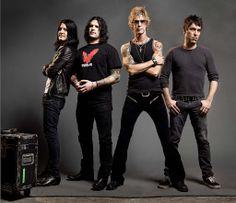 Risultati immagini per rare duff mckagan Seattle Usa, Duff Mckagan, Band Photos, Music Photo, The Duff, Hard Rock, Comedians, Heavy Metal, Leather Pants