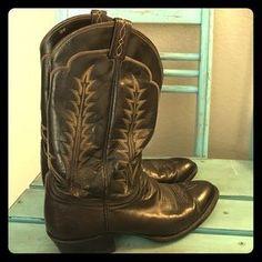 I just discovered this while shopping on Poshmark: Tony Lama Men's Cowboy…