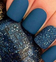nails, blue, and glitter kép