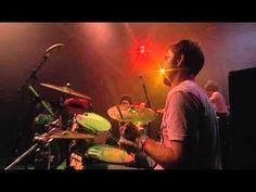 Basement Jaxx - Good Luck ( Glastonbury 2004 Live )