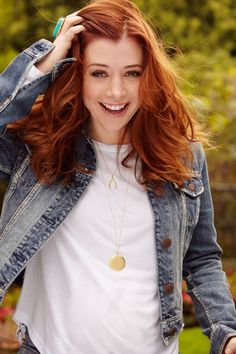 (Alyson Hannigan) been obsessed with her lately she's so down to earth and hilarious. What's not to love.