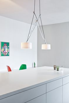serien.lighting - Classics in LED, TWIN LED, polished crome-plated  http://serien.com/produkte/twin/twin/ Foto: Ingma Kurth, Privatwohnung, Berlin
